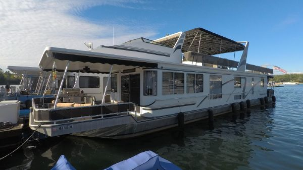 Sunstar 16 x 78 Widebody Houseboat