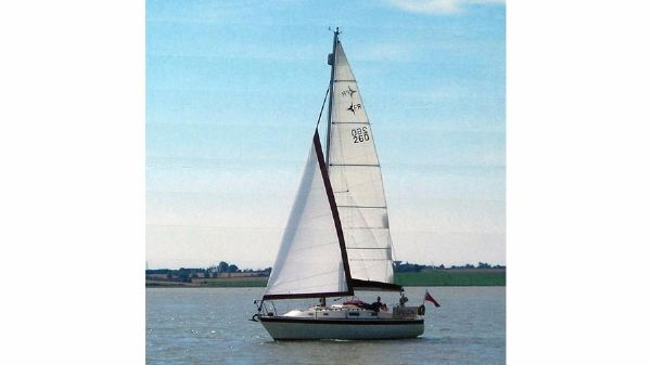 Westerly Fulmar Sailing