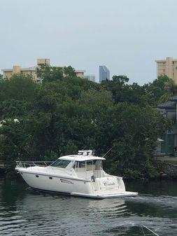 Tiara Yachts Sovran image