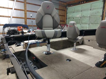 Alumacraft Competitor 175 CS image
