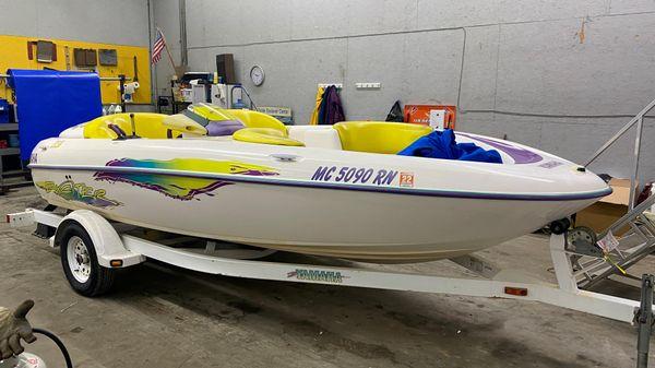 Yamaha Boats Exciter 220