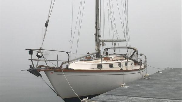Cape Dory 36 Cutter