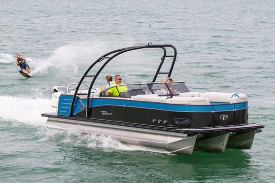 2019 Tahoe Pontoon Cascade Platinum Elite Windshield - 27'