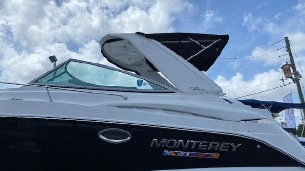 Monterey 295 Sport Yacht