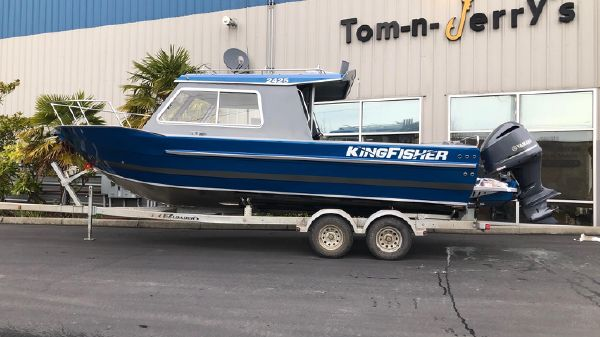 KingFisher 2425 Escape HT B3231