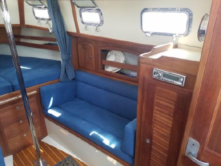 Pacific Seacraft Dana 24 image