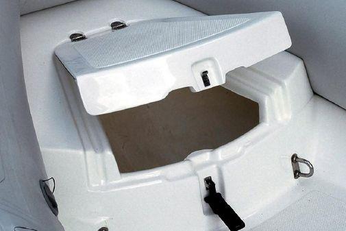 AB Inflatables Navigo 8 VS image
