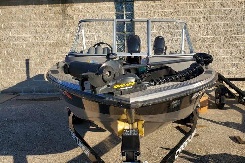Crestliner Sport Angler 1750 image