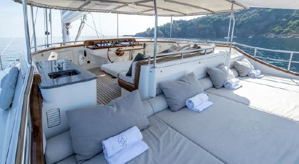 Custom Aluminum Sailing Yacht image