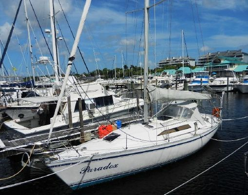Canadian Sailcraft Merlin 36 - main image
