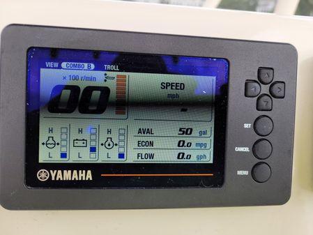 Cobia 220 Center Console image