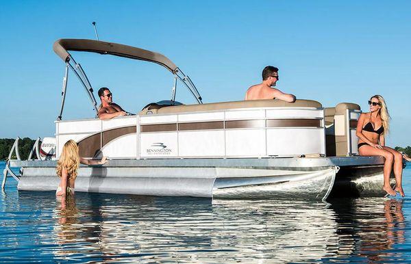 2019 Bennington SX 21 Cruise