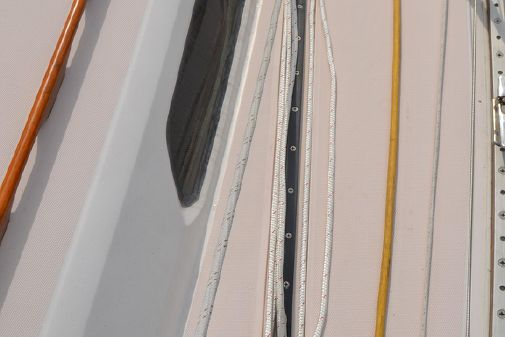 Sabre 362 image