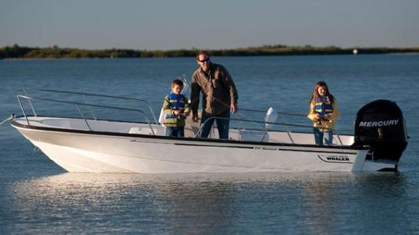 Boston Whaler 170 Montauk