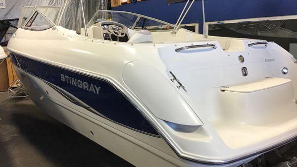 Stingray 240LR