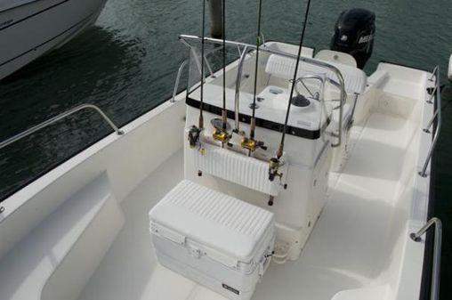 Boston Whaler 190 Montauk image