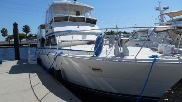 Viking 44 Aft Cabin Motor Yacht