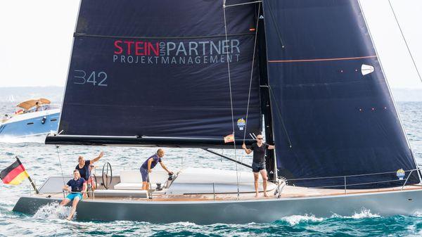 B-Yachts Brenta 42dc