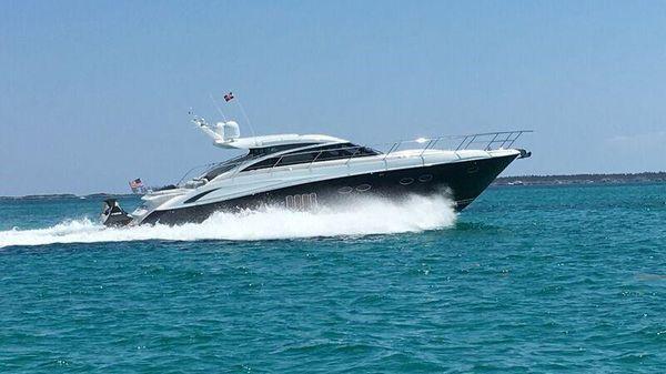 Princess V62 Starboard Running Shot