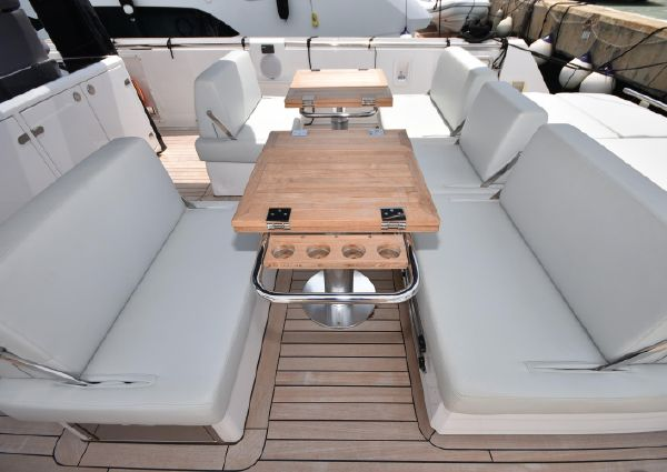 Fjord 42 Open image