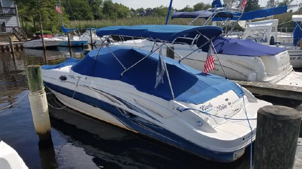 Used Sea Ray 270 Sundeck Boats For Sale - Cast Off Yacht Sales in