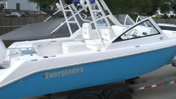 Everglades 230DC
