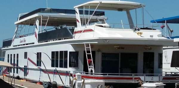 Fantasy Yachts Houseboat