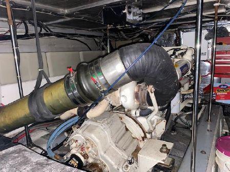 Carver 53 Voyager image