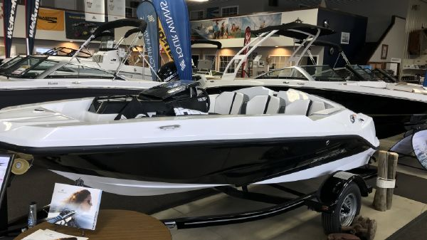 Scarab 165 Ghost
