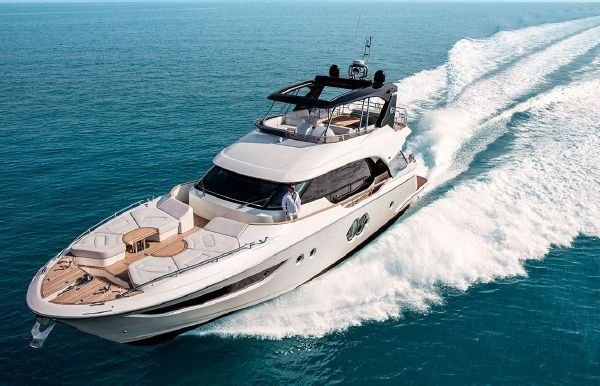 2021 Monte Carlo Yachts MCY 70