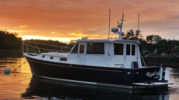 Legacy Yachts Sedan Cruiser