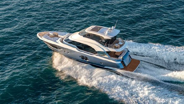 Monte Carlo Yachts MCY 70 Skylounge image