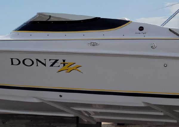 Donzi 28 ZX image