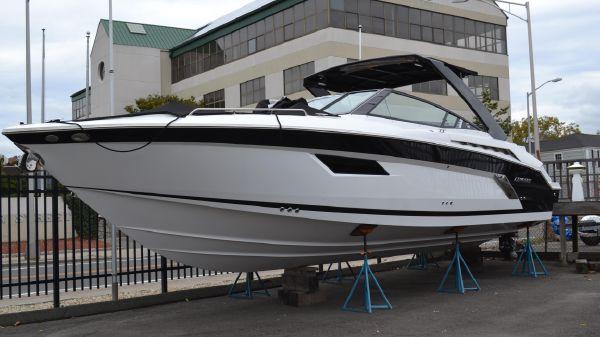 Cruisers 338