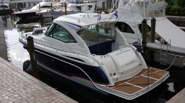 Formula 45 Sport Yacht THE nicest one! Port view from aft