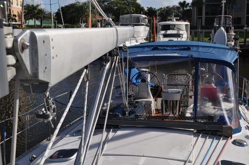 Catalina 470 image