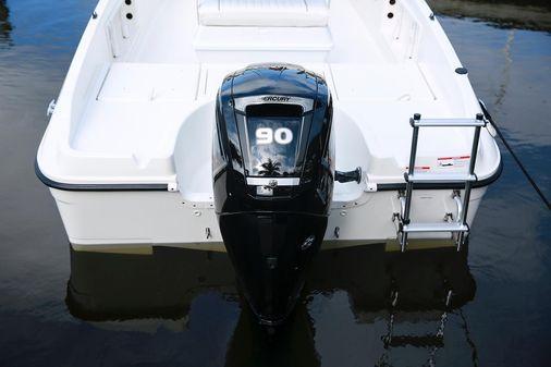 Bayliner T18Bay image