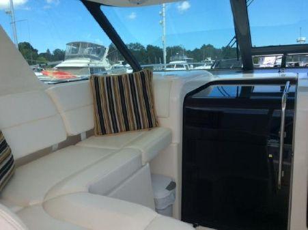 Tiara Yachts 3600 Sovran image