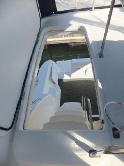 Bayliner 3788 MY w 09 YANMAR DIESELS image