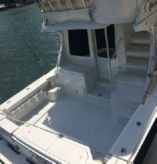 Luhrs 34' Convertible image