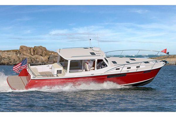 MJM Yachts 43zi - main image