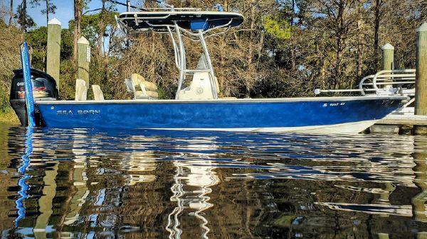 Sea Born FX24 Bay