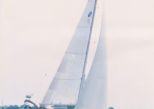 Sabre 402 image