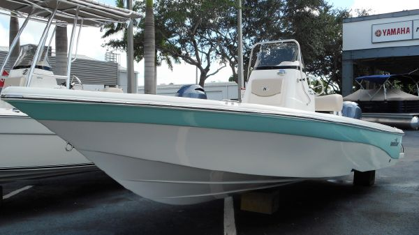 NauticStar 2140 Sport Bay Center Console 2017 NauticStar 2140 Sport Bay Center Console