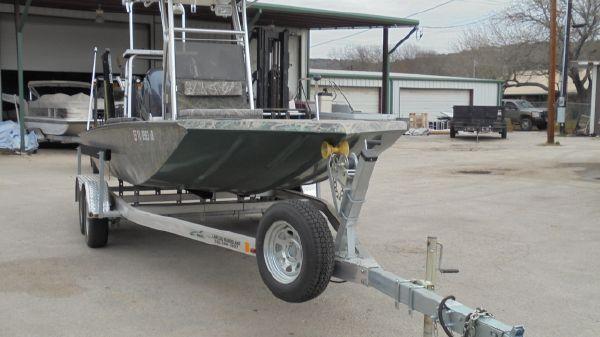 Delta Boat Company T200CC