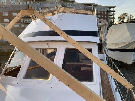 Regency 36 Trawler image