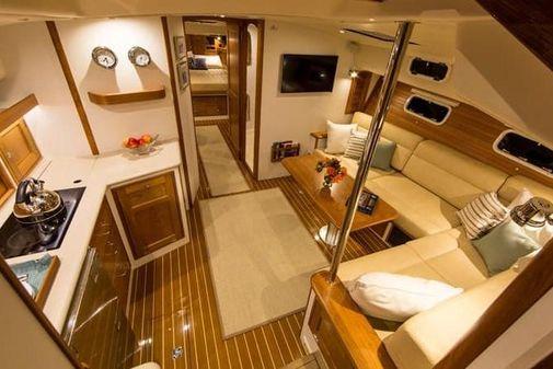 MJM Yachts 53zi image