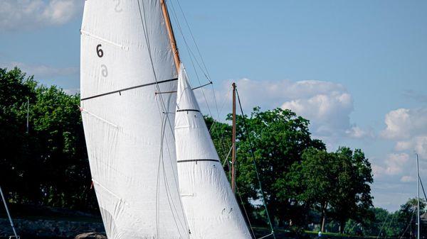 Herreshoff S Boat