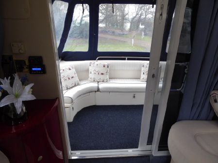 Birchwood Challenger 360 Flybridge image
