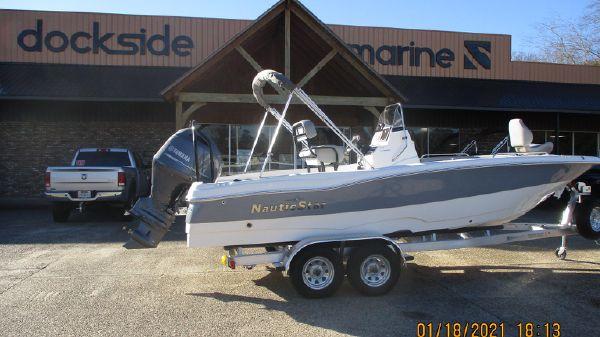 NauticStar 211 Hybrid